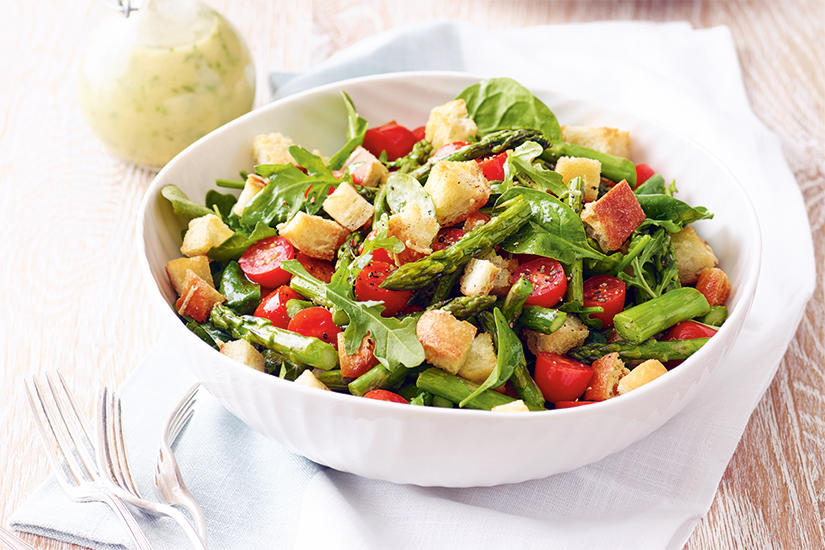 Roasted asparagus salad with parmesan croutons