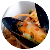 MUSSELS WITH WHOLE WHEAT SPAGHETTI